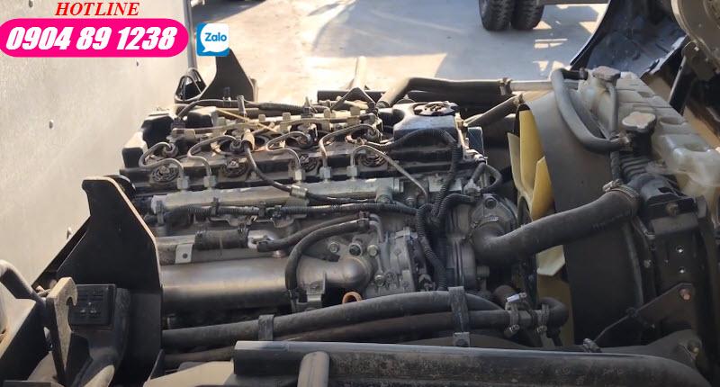 Xe Tải 3.5 Tấn Nissan NS350 Thùng Kín